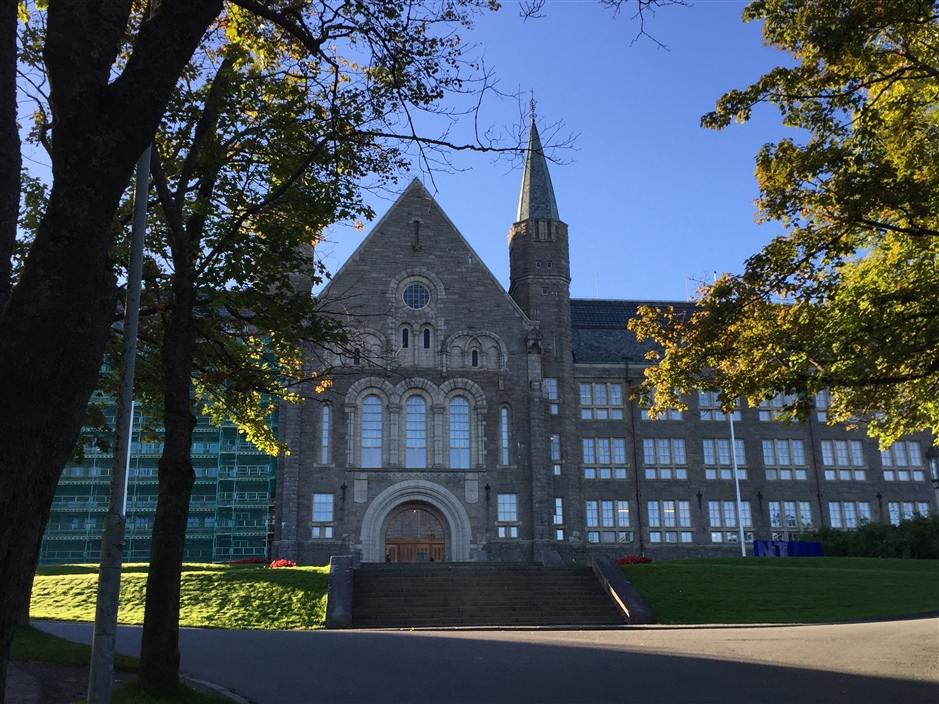 NTNU main building